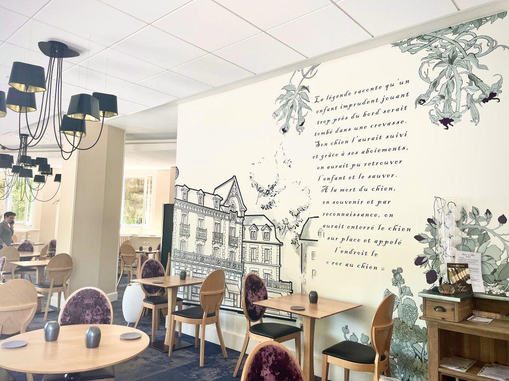 La salle du restaurant la Belle Epoque à Bagnoles de l'Orne